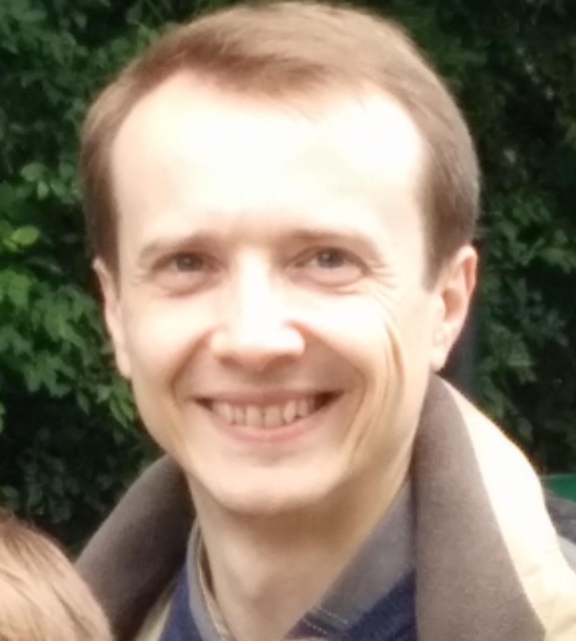 Dr. Sergei Skorobogatov